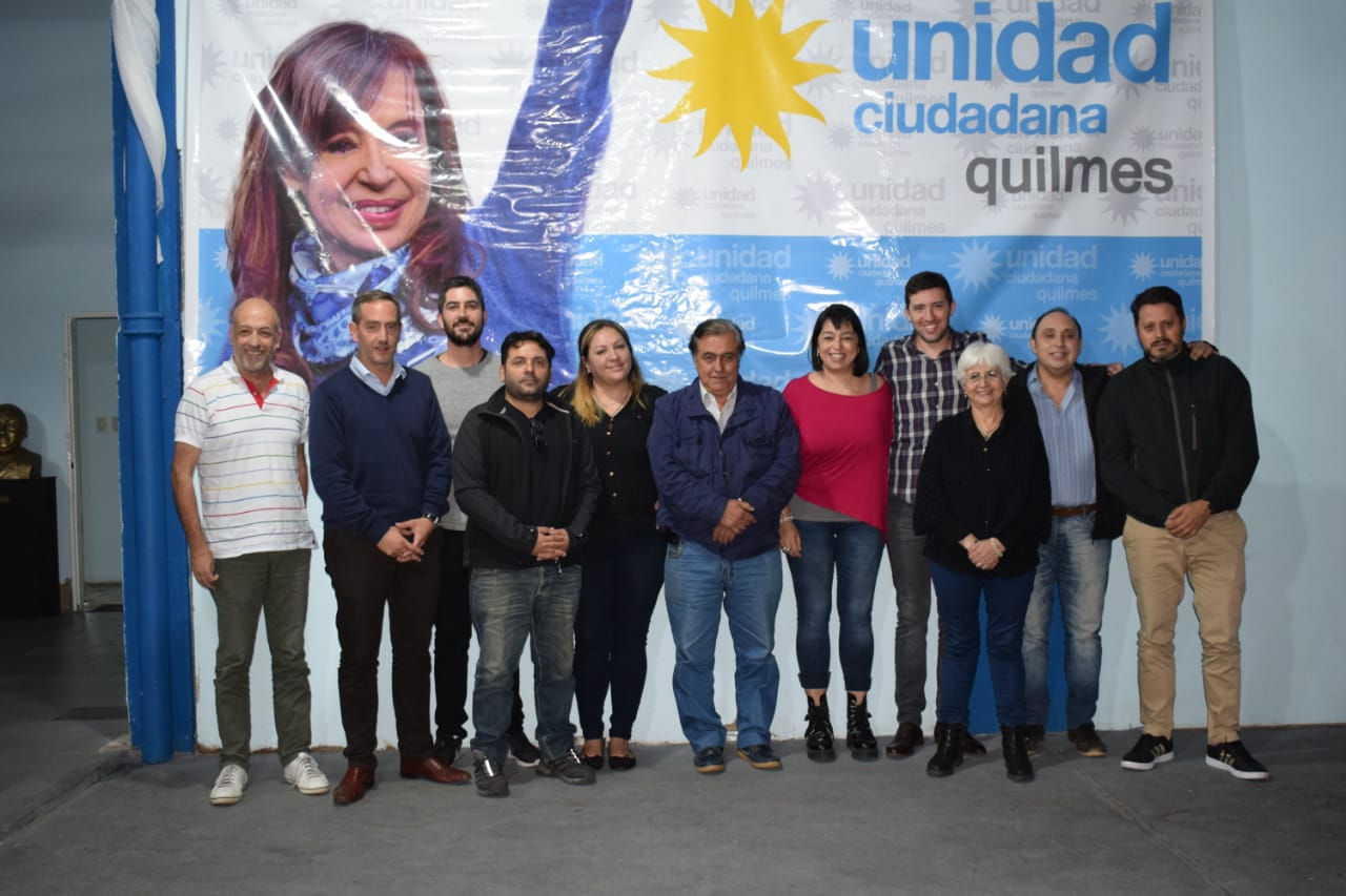 UC por la unidad
